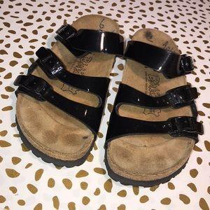 Birkenstock's 3 strap Shiny Black Sandals L6